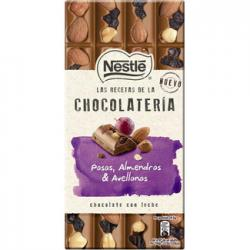 Foto principal Chocolate with milk, raisins, almonds and hazelnuts Nestlé