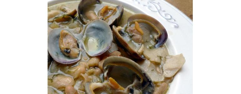 Beans with Clams and Boletus