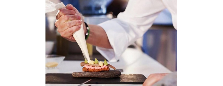 THE BEST CHEFS OF PINTXOS GATHER IN VITORIA