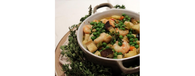 Peas with mushrooms and prawns